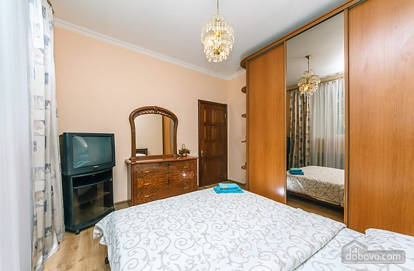 Comfort and convenience, Deux chambres (36373), 009