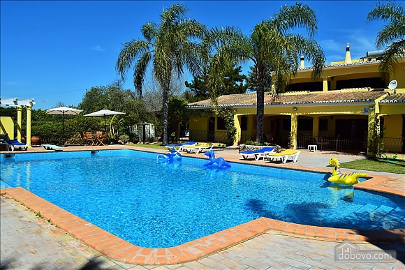 Villa 3 Brados, Cinq chambres (93774), 002