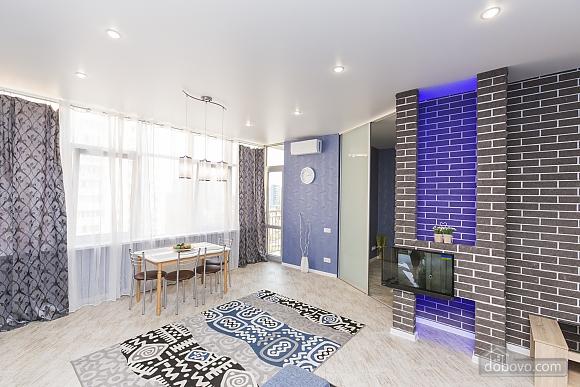 Дизайнерская квартира в парке Победы, 1-комнатная (17360), 002