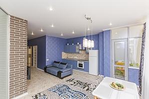 Designer apartment in Peremohy park, Studio, 003