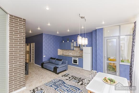 Designer apartment in Peremohy park, Studio (17360), 003