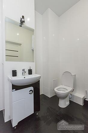 Designer apartment in Peremohy park, Studio (17360), 007