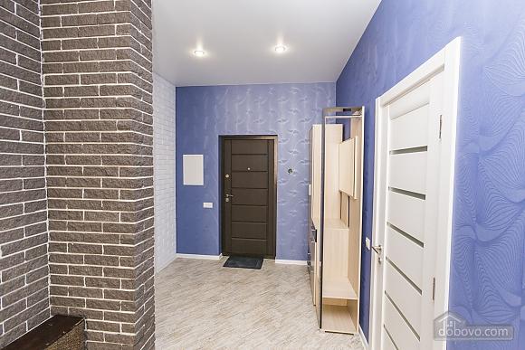 Designer apartment in Peremohy park, Studio (17360), 010