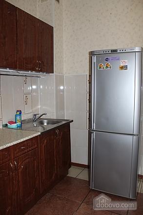 Апартаменты в центре, 2х-комнатная (92257), 006
