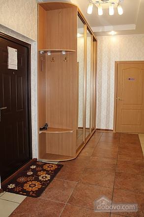Апартаменты в центре, 2х-комнатная (92257), 008