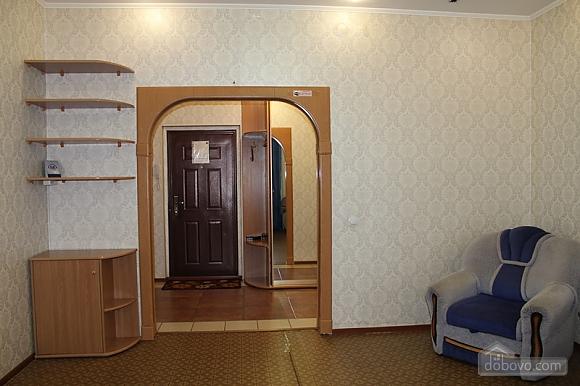 Апартаменты в центре, 2х-комнатная (92257), 010