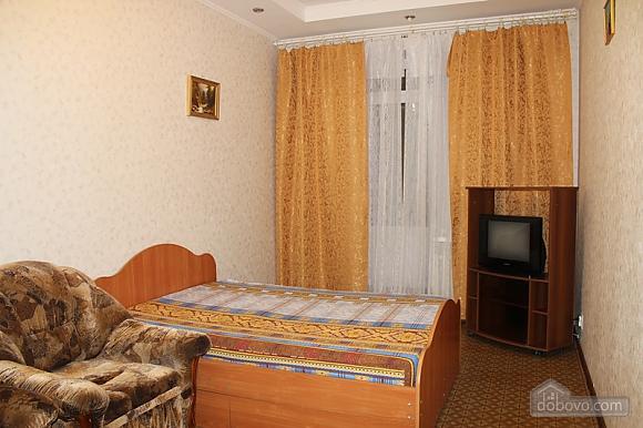 Апартаменты в центре, 2х-комнатная (92257), 011
