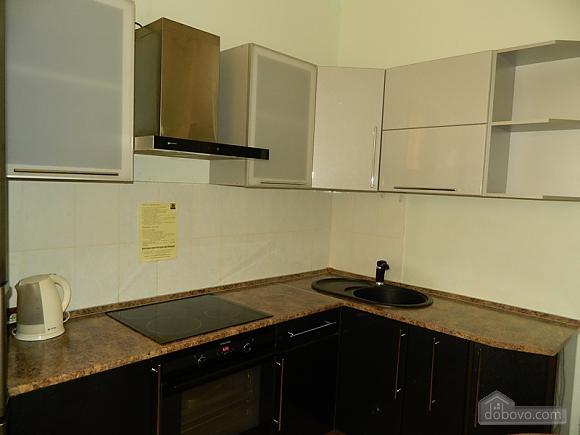 Бюджетная квартира, 1-комнатная (77111), 005
