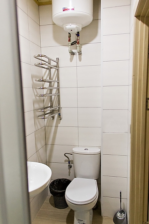 Apartment near Ploscha Vostannya metro station, Studio, 006
