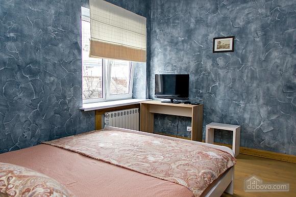 Apartment near Ploscha Vostannya metro station, Un chambre (42277), 002