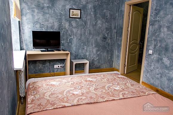 Apartment near Ploscha Vostannya metro station, Un chambre (42277), 003