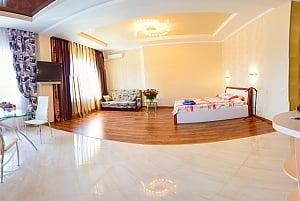 Люкс в новобудові біля метро Гагаріна, 1-кімнатна, 002