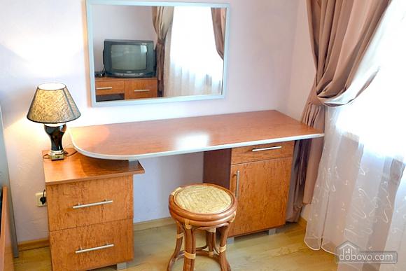 Квартира в центре Киева, 3х-комнатная (43124), 006