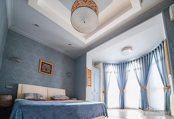 Люкс біля Дерибасивської, 2-кімнатна (76601), 003