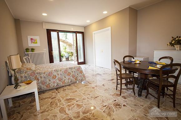 Апартаменты для влюбленных, 1-комнатная (57544), 007