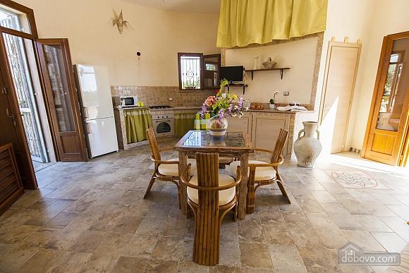 Estate near Gallipoli, One Bedroom (48878), 002