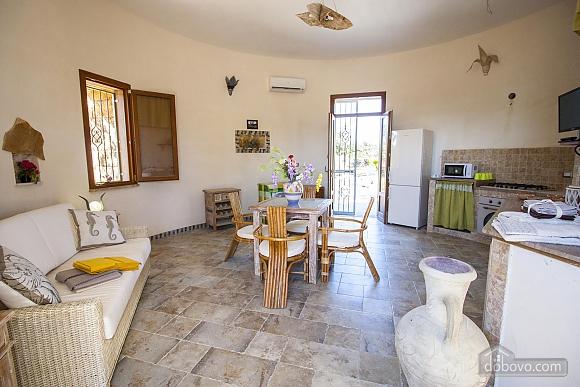Estate near Gallipoli, One Bedroom (48878), 011