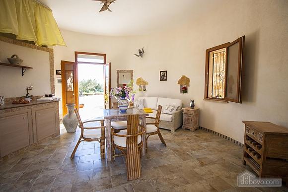 Estate near Gallipoli, One Bedroom (48878), 020
