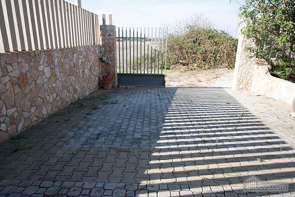 Villa with Mediterranean Garden, Three Bedroom (52277), 016