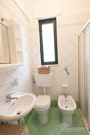 Villa with Mediterranean Garden, Three Bedroom (52277), 017
