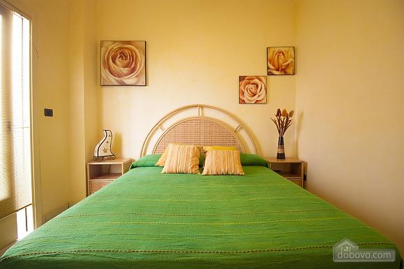 Seaside Holiday Home Gallipoli, Three Bedroom (16610), 002