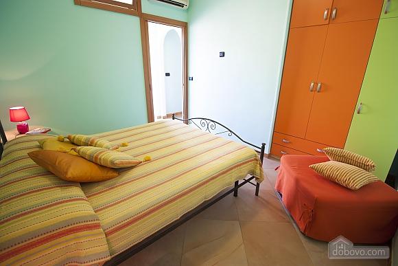 Seaside Holiday Home Gallipoli, Three Bedroom (16610), 011
