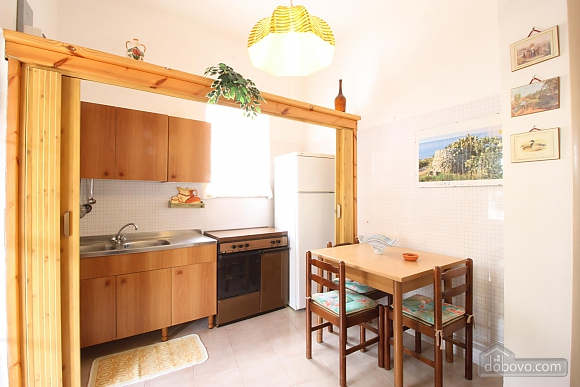 House in seaside town, One Bedroom (43482), 010