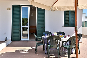 House with sea view of sandy beach, Two Bedroom, 003