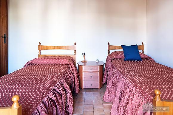 Апартаменты рядом с пляжем, 4х-комнатная (43046), 006