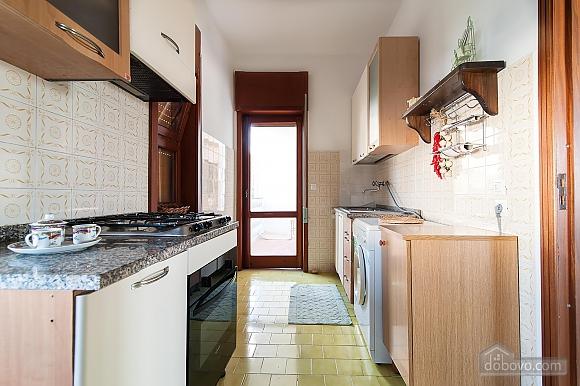 Апартаменты рядом с пляжем, 4х-комнатная (43046), 010