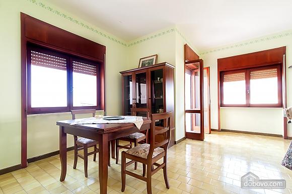 Апартаменты рядом с пляжем, 4х-комнатная (43046), 012