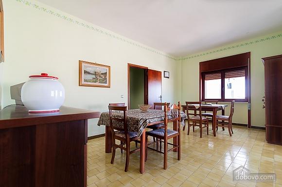 Апартаменты рядом с пляжем, 4х-комнатная (43046), 015