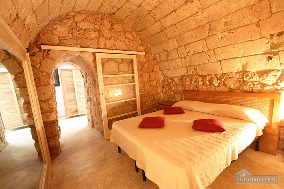 Trullo surrounded by olive trees, One Bedroom (47383), 001