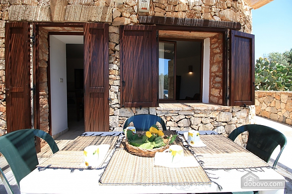Trullo surrounded by olive trees, One Bedroom (47383), 002
