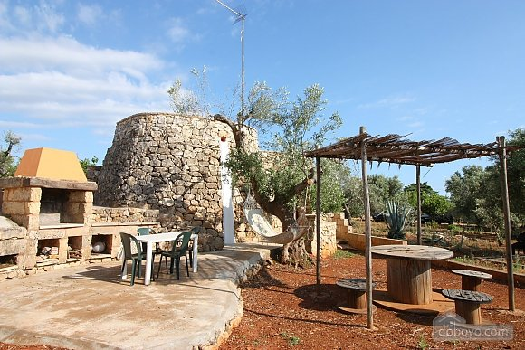 Trullo surrounded by olive trees, One Bedroom (47383), 006
