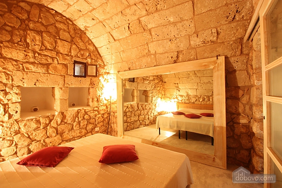 Trullo surrounded by olive trees, One Bedroom (47383), 010