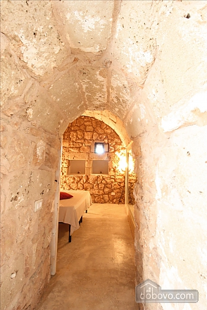 Trullo surrounded by olive trees, One Bedroom (47383), 011