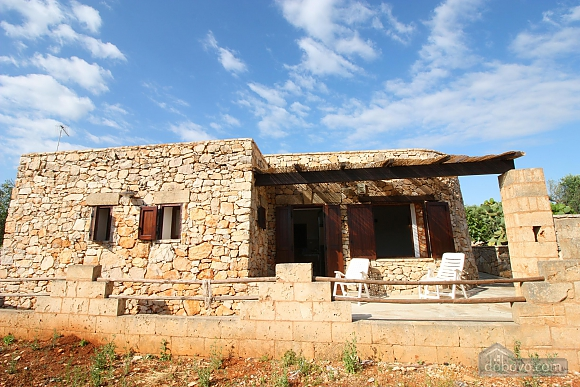 Trullo surrounded by olive trees, One Bedroom (47383), 020