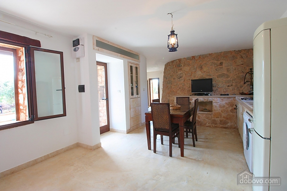 Trullo surrounded by olive trees, One Bedroom (47383), 039