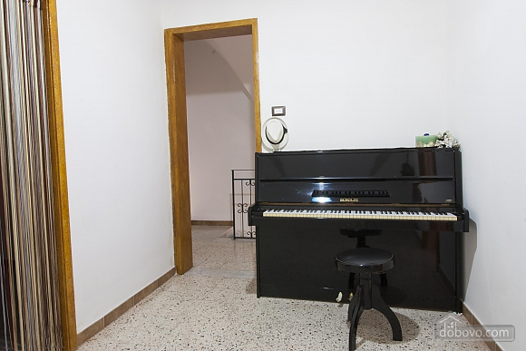 Modern vacation home in Gallipoli, Two Bedroom (85953), 003