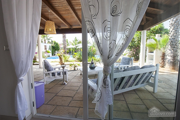 Villa with pool in Natural park, Cinq chambres (21423), 022
