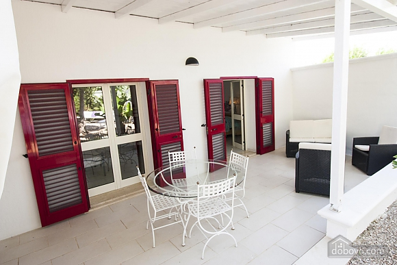 Villa with pool in Natural park, Cinq chambres (21423), 031