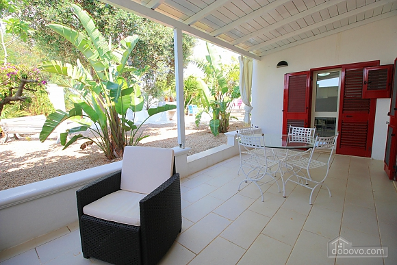 Villa with pool in Natural park, Cinq chambres (21423), 035