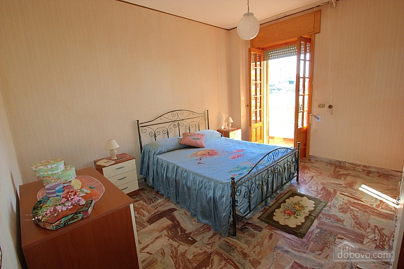 Seaside apartment in Gallipoli, Trois chambres (74047), 003