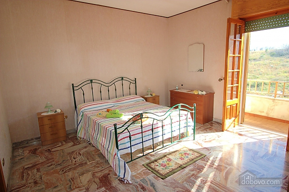 Seaside apartment in Gallipoli, Trois chambres (74047), 012