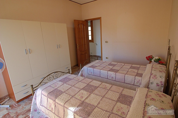 Seaside apartment in Gallipoli, Trois chambres (74047), 018