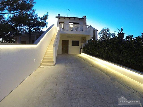 Villa in 100 meters from the sea, Two Bedroom (98106), 001