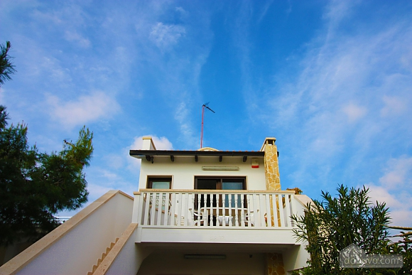Villa in 100 meters from the sea, Two Bedroom (98106), 003