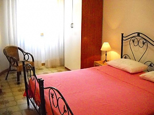 House in 50 meters from the sea, Trois chambres, 003