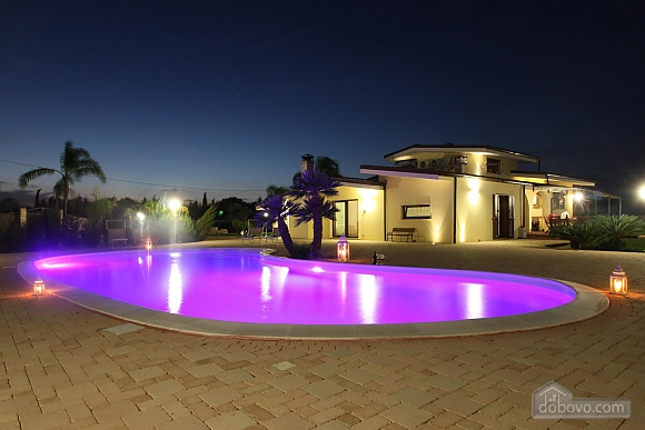 Spacious villa with pool, Four Bedroom (24310), 006